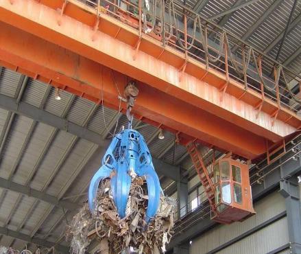 32吨抓斗式起重机