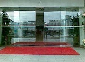 成都玻璃门维修介绍门、窗磁感应器