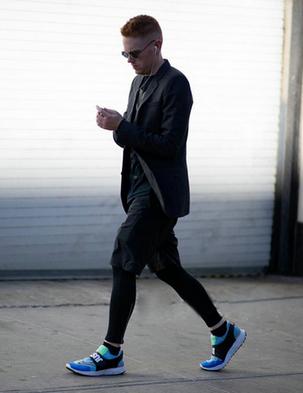 潮品单品亮色运动鞋