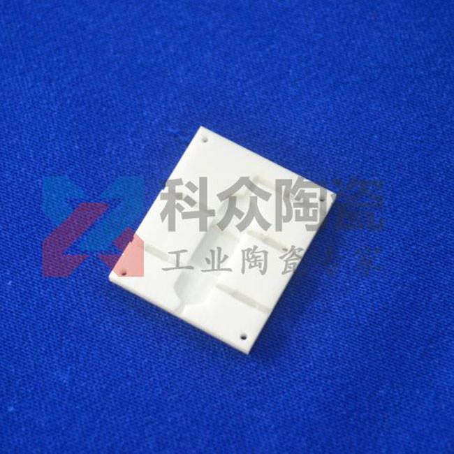 95氧化铝工业陶瓷片开槽