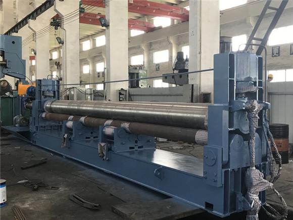 W11Y-8x7000三辊液压对称式卷板机