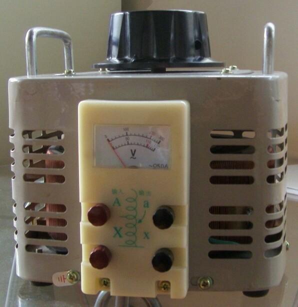 單項自耦調壓器