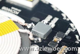 一颗方方正正包装的CBB电容用在无线充电器PCBA