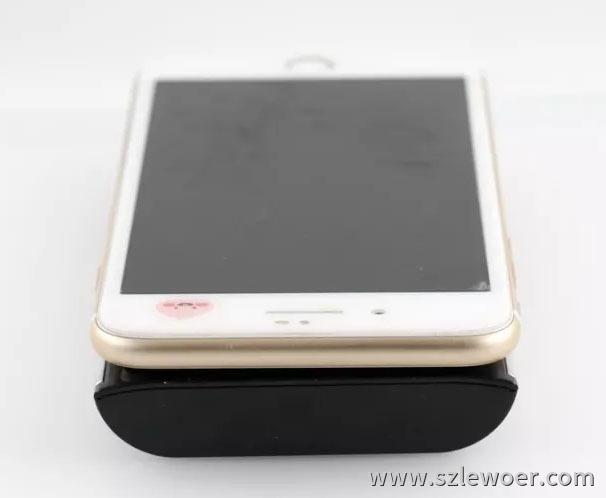 海陆通ARUN无线充电宝外观赏析长度接近iPhone 7 Plus