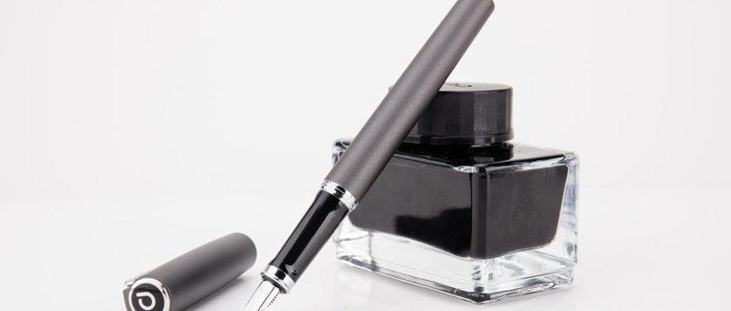 钢笔示例图