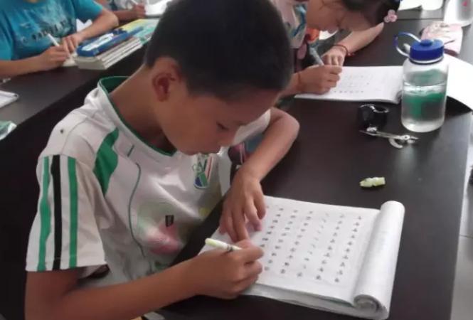 小孩如何练字?小孩练字方法