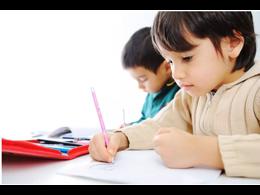 刚学写字的孩子怎么教?15练字网告诉你