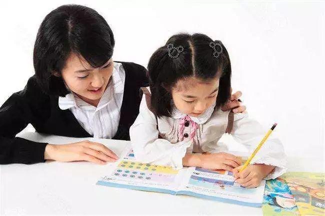 孩子在写硬笔中常见的问题