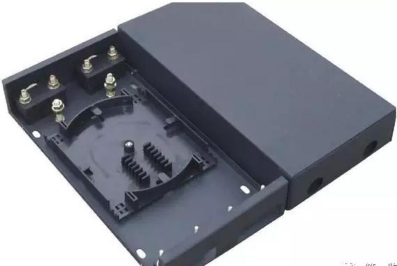 简单介绍一下用光纤安装监控摄像头系统的方法