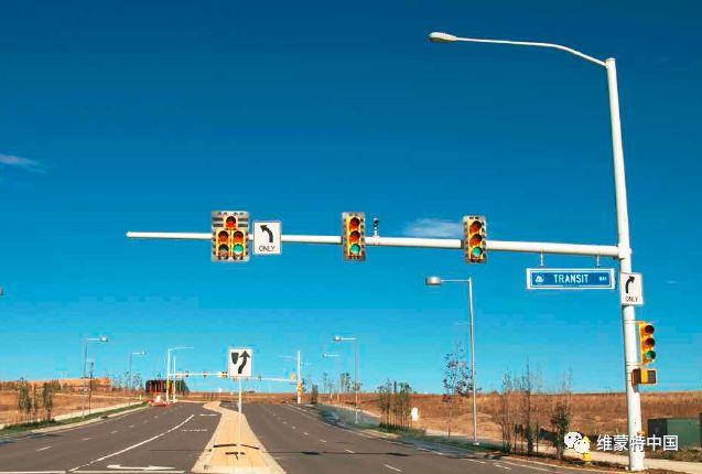 交通信号监控杆