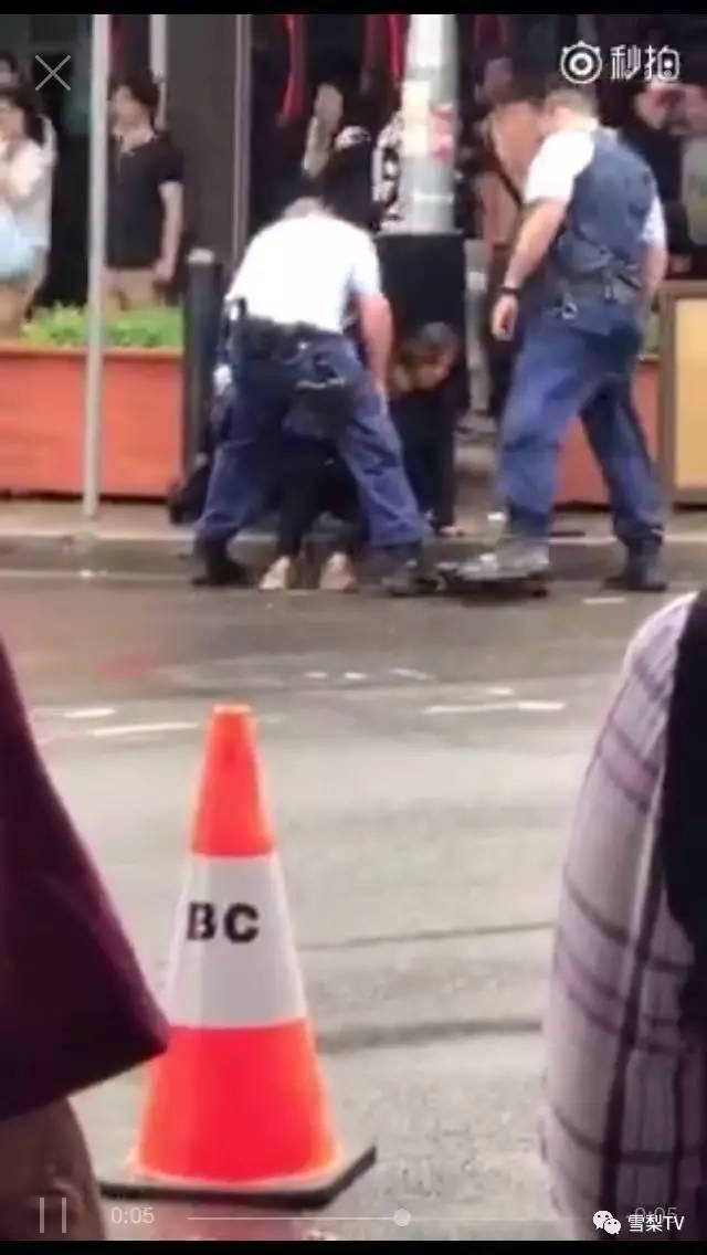 辟谣:警察没有射杀,只是电击枪!亚裔女子已清醒,起因不明并非违反交通规则…