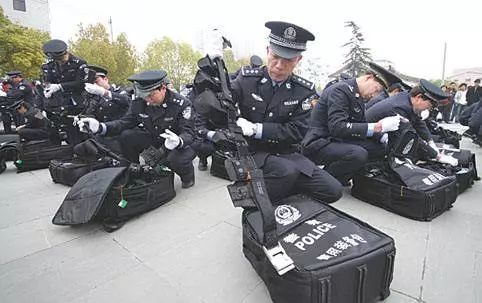你要找的警用装备,我们这里都有!