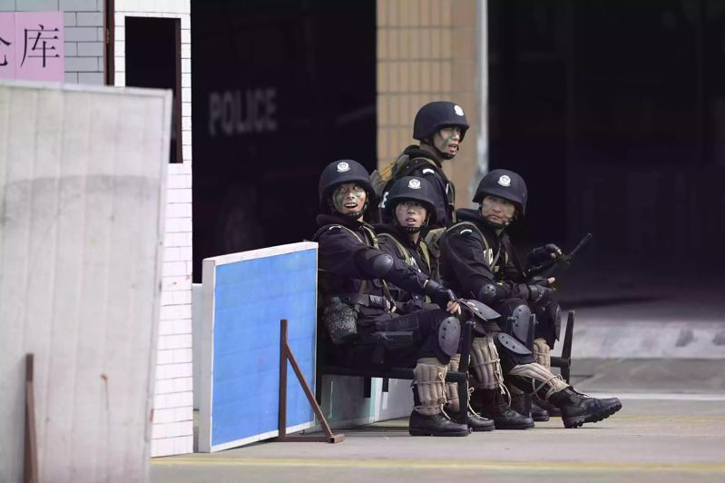 无锡警营中特警装备首次曝光(二)