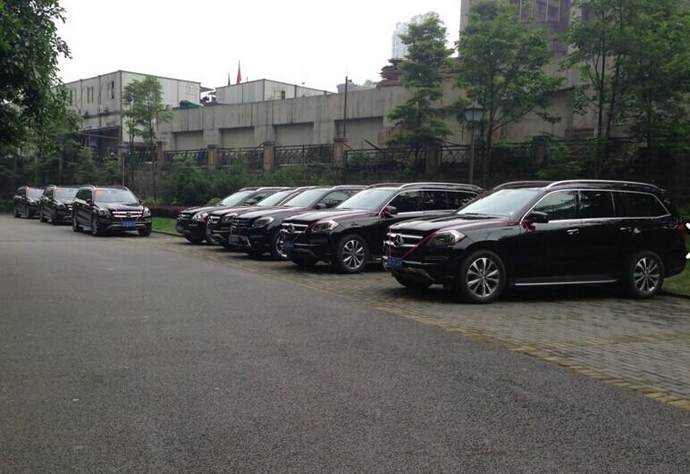 """哈尔滨租车-成功婚车--""""加长林肯+奔驰GL450车队"""" 圆满顺利结束"""
