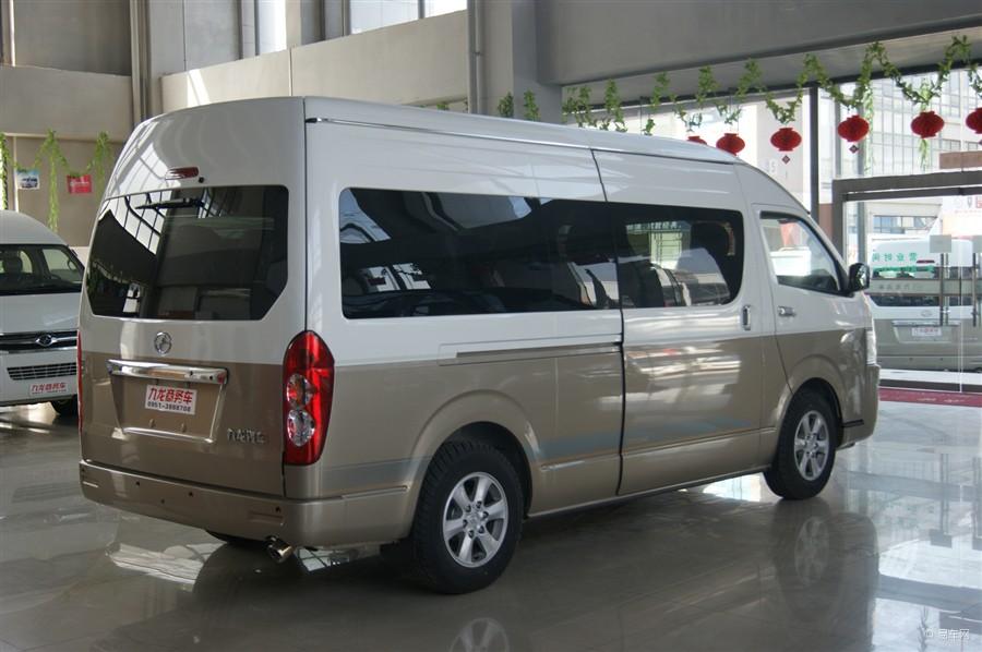 哈尔滨租车-17座全新九龙高端商务车
