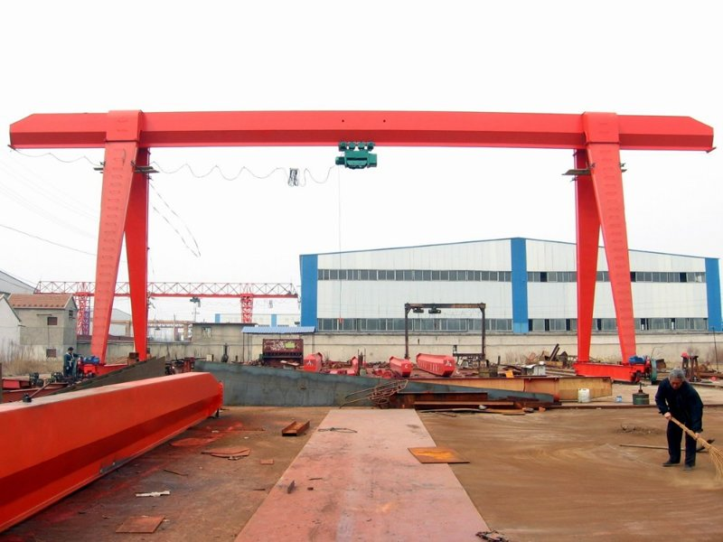 Tavol_Cranes_high_quality_Electric_hoist_gantry (4)