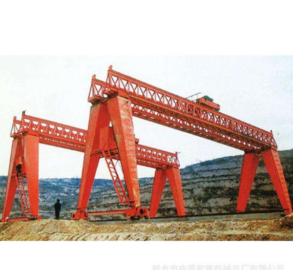 鐵路架橋機