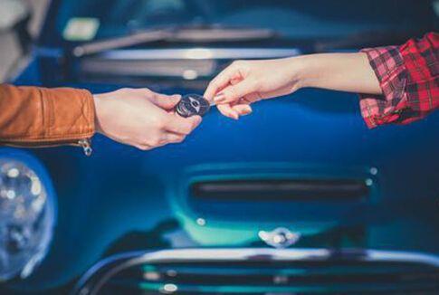 现在汽车租赁市场的整体情况如何,哪方面的用车比较多一些?