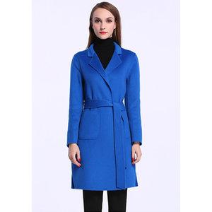 宝蓝色时尚女士毛呢大衣