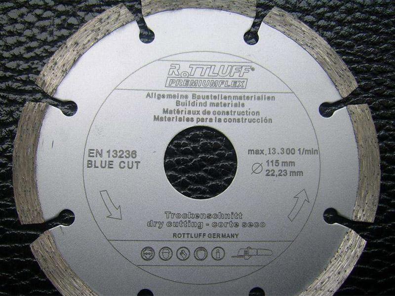 激光打标机在不锈钢制品标识上的广泛应用