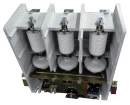 该系列产品为全国联合设计机型,适应于交流50~60Hz,主回路额定电 压7.2kV,额定电流分别为160A、250A、400A、630A等级的电力系统中,供直接或远距离接通和分断主电路及频繁控制容性负载、交流电动机、 变压器等电气设备。广泛应用于电网无功补偿、化工、冶金、给排水处理、 煤矿井下设备等场合。该产品使用环境海拔高度不超过1000米。