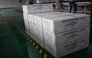 high quality solar panel garden lights wholesale & exporter