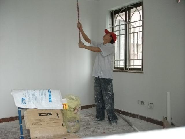 旧房翻新过程中工作人员的安全如何保证