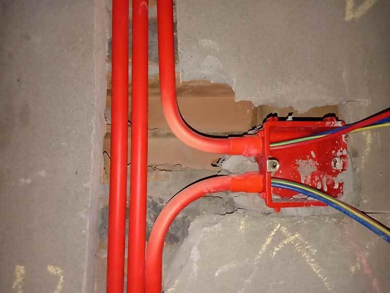 家装施工中的鸽牌电线