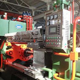 1000T铝型材挤压机