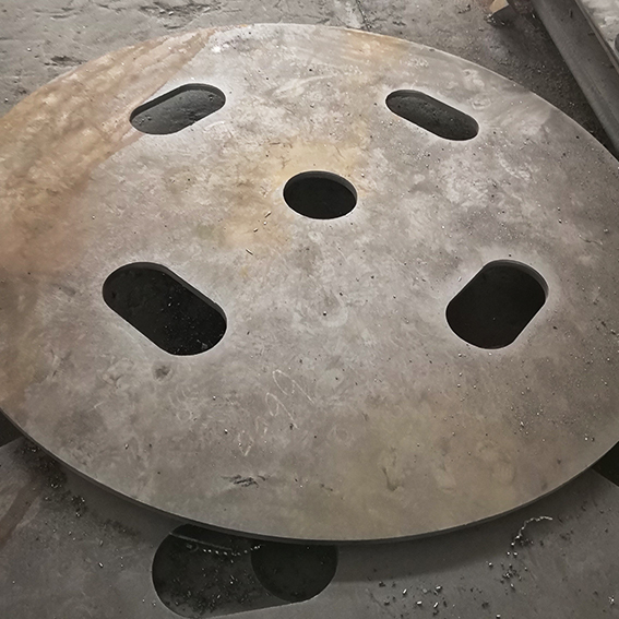 钢板加工件