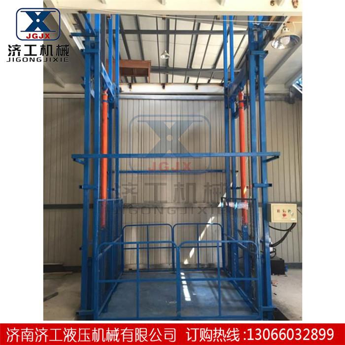 工厂简易货梯