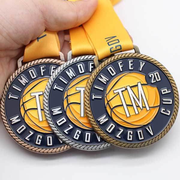 Medal, Medal manufacture in China