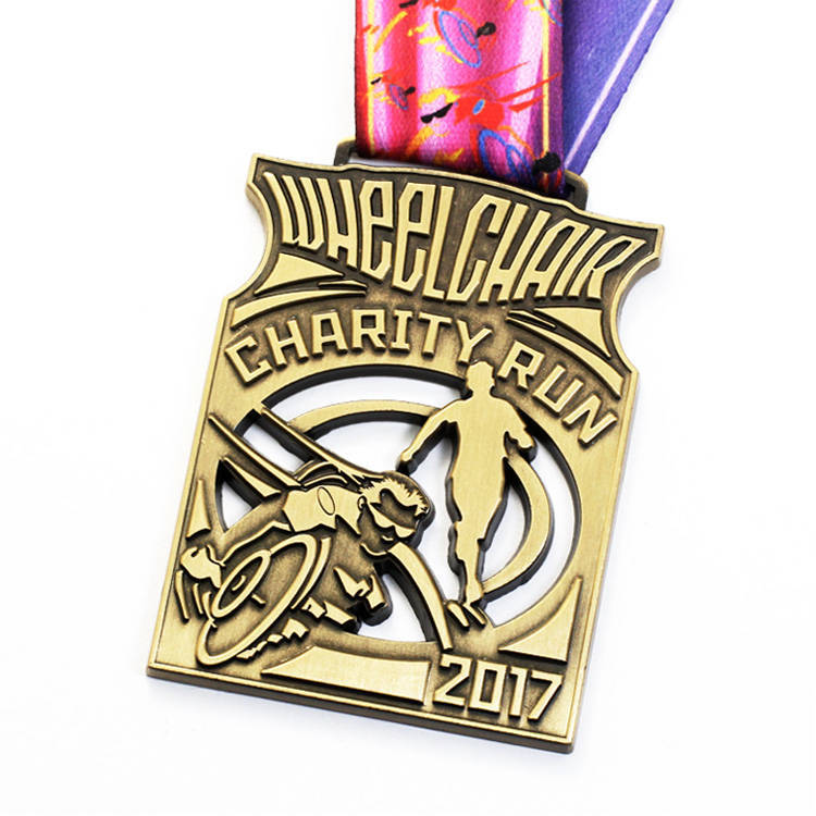 Cheap-Good-Quality-Custom-Sport-Medal-Doughnut (2)