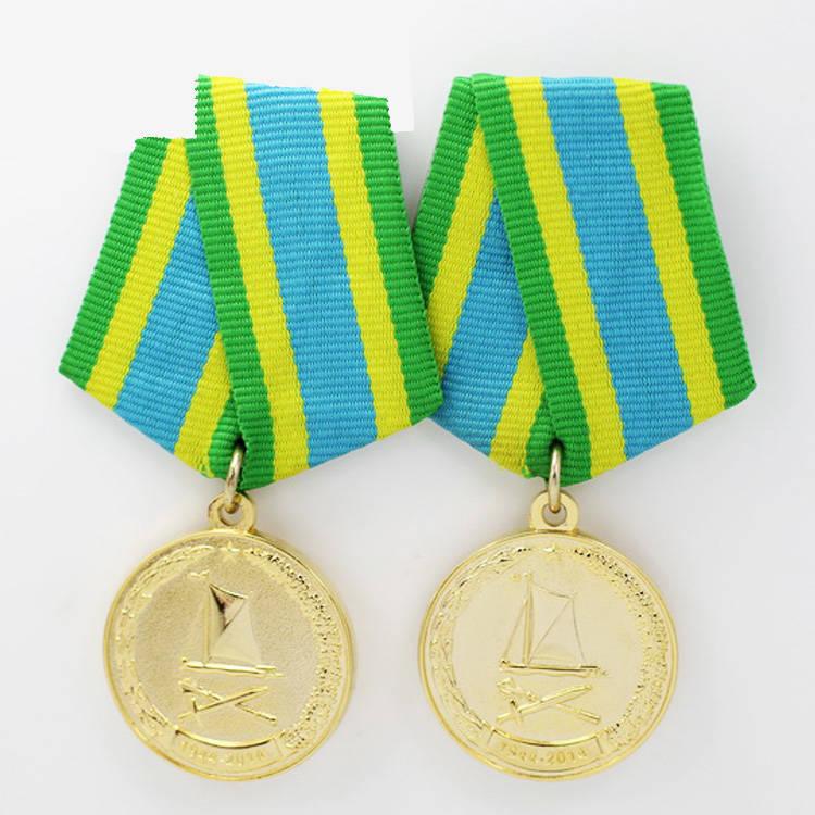 Custom-Metal-Soft-Enamel-Die-Stuck-Medal (2)