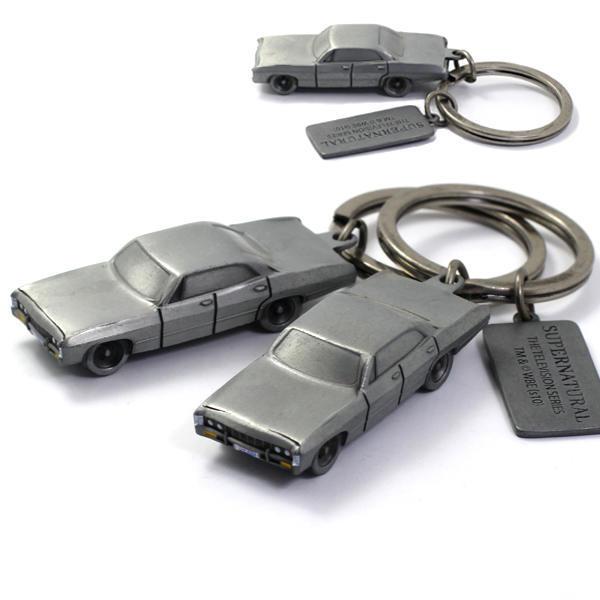 Custom-design-metal-eiffel-tower-keychain (2)