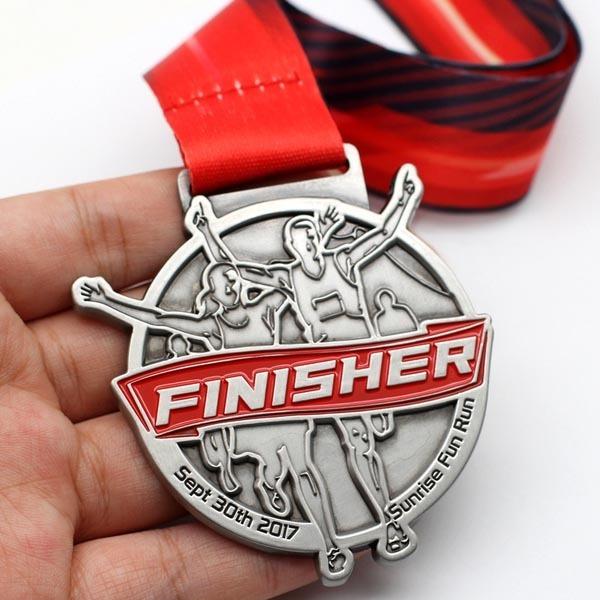 Custom-Metal-Marathon-Race-Souvenir-Finisher-Running (4)