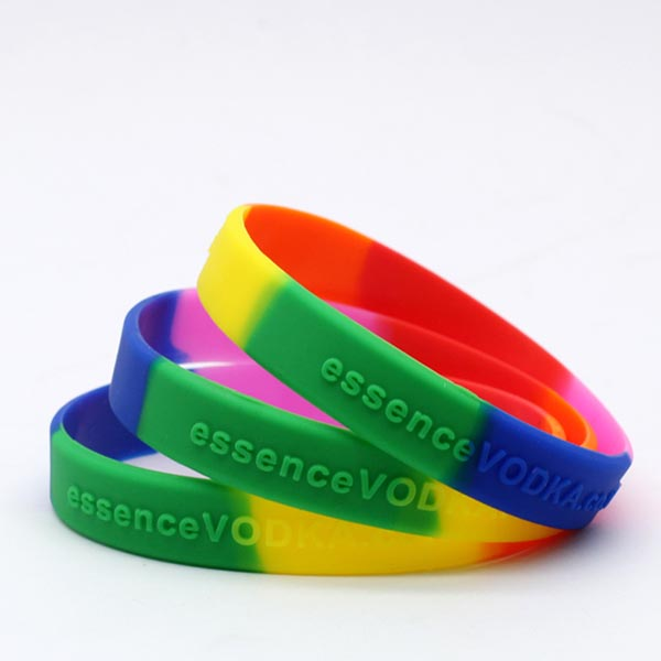 Wholesale Custom Spiky Superhero Stretch Germany Silicone Rubber Wristband Bracelet
