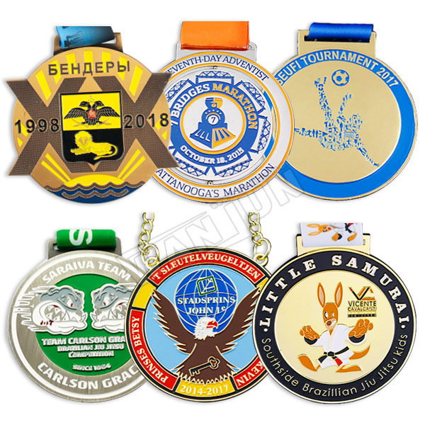 Custom-medals-and-trophies-football-medal-wholesale