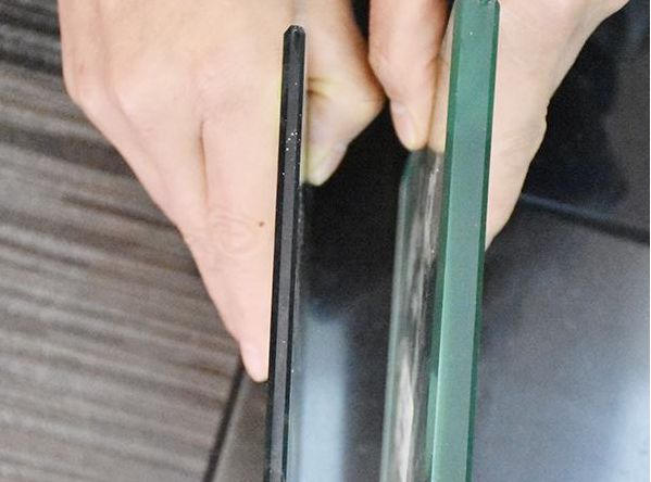 断桥铝门窗中空玻璃内填充氩气