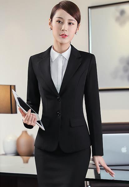 广安时尚女士西装定制