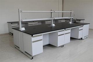 实验台全木和钢木在材质的区别