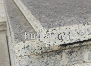 实验台的台面有花岗岩与大理石