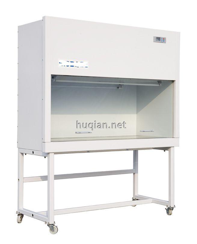 这是实验室超净工作台设备