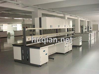 这是全钢中央实验台