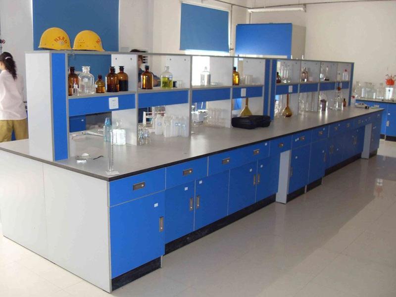 上海德翔实验台厂家生产的全木中央操作台