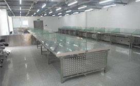 上海沪前实验台厂家生产的不锈钢中央实验台