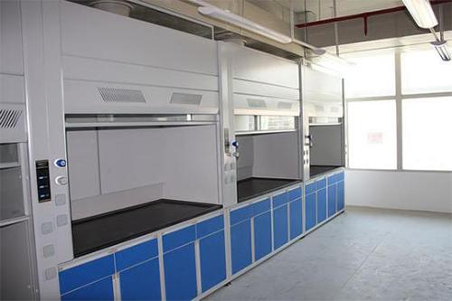 沪前为上海某医院订做的全钢1.2米通风柜