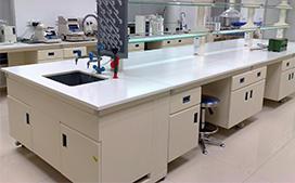 上海沪前实验室操作台厂家生产的全钢实验台口碑好