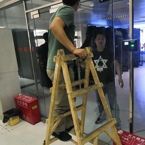 成都玻璃门装门禁案例