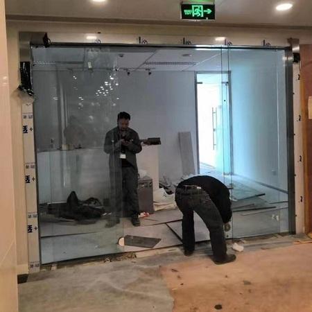 办公室多玛自动门安装案例